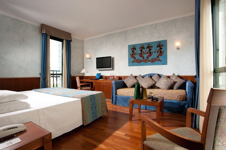 Junior suite hotel raffaello milano